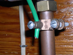 Poor ground connection - Cambridge Home Inspector